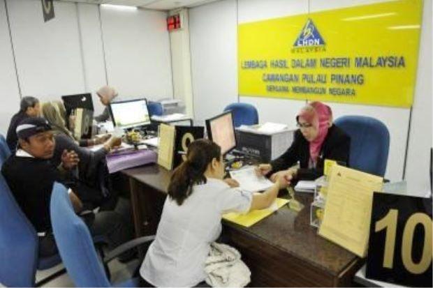 Keadaan di pejabat LHDN. Image dari The Star