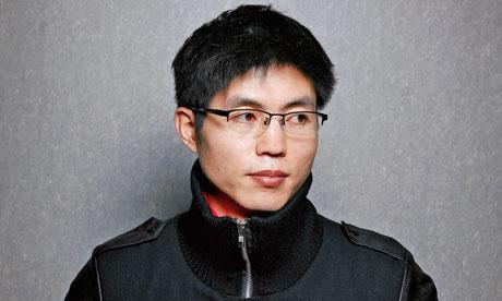 Shin In Geun dilahirkan di Kem 14.
