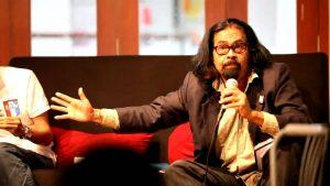 Hishamudin pernah jadi pengarah filem 'dari jemapoh ke manchester'. Imej dari bersih.org.