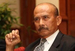 Tun Hanif Omar jadi Ketua Polis Negara selama 20 tahun. Imej dari Free Malaysia Today.